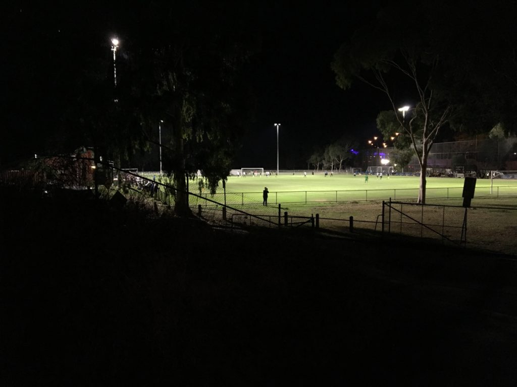 Football amateur melbourne